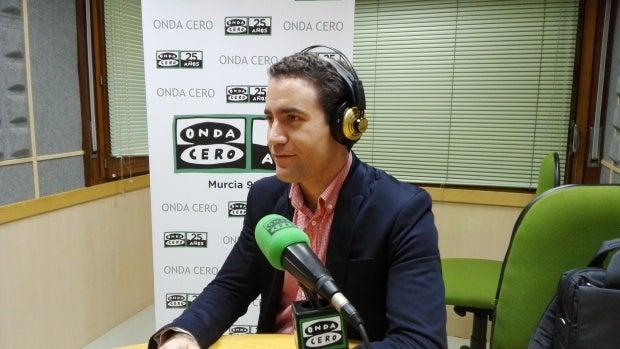 """Teodoro García: """"Lo primero que me ha venido a la cabeza ha sido la agresión que sufrió Rajoy en Galicia"""""""