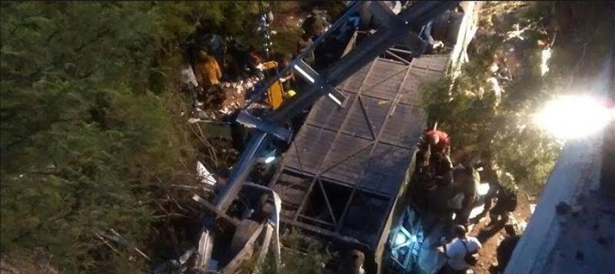 Autobús accidentado en la provincia de Salta (Argentina)