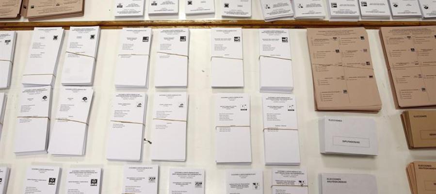 Montaje de mesas electorales