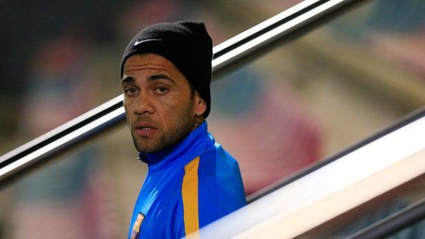 Dani Alves podría dejar el Barcelona tras ocho temporadas