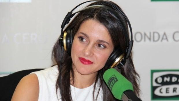 """Inés Arrimadas: """"Rajoy no puede ser la persona que encabece un nuevo gobierno transversal, limpio y reformista"""""""