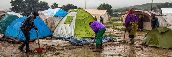 """Álvaro Saiz: """"Buscan minar la paciencia de los refugiados para que se vayan por sí mismos  sin tener que usar la fuerza"""""""