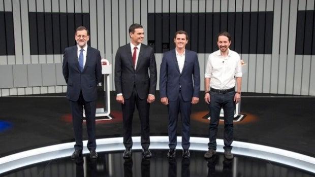 ¿Cuánto mide Pablo Iglesias? - Altura: 1,76 31