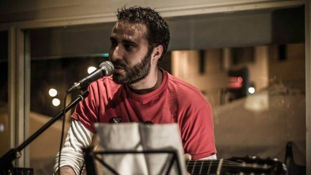 """Víctor Lemes: """"Desde que hago música sobre la actualidad política se empieza a saber más de mí"""""""
