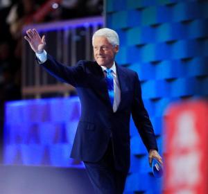 Bill Clinton, en un discurso de su mujer.