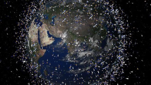 """Jaime Nomen: """"Hemos contaminado la Tierra y los océanos, y ahora el espacio"""""""