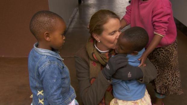 El tintero: La mujer que tiene 94 hijos