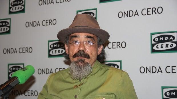 """Miguel González: """"Llevo 20 años buscando ser el poeta oficial del Atleti"""""""