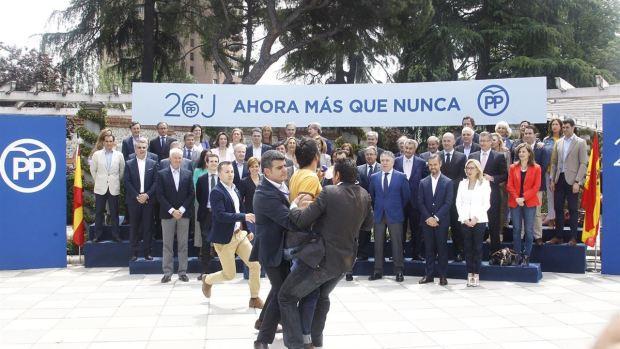 """Lagarder Daciu: """"He mirado a Rajoy a la cara y le he visto cagado"""""""