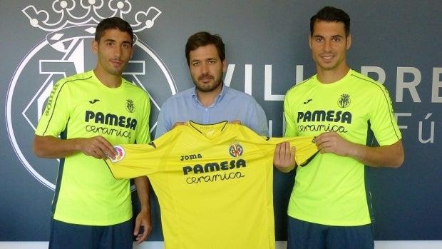 José Ángel y Andrés Fernández, en su presentación como jugadores amarillos.