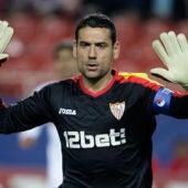 Palop, hundido por la eliminación del Sevilla