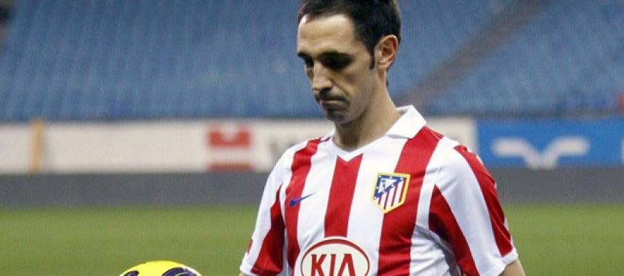 Juanfran, presentado en el Calderón