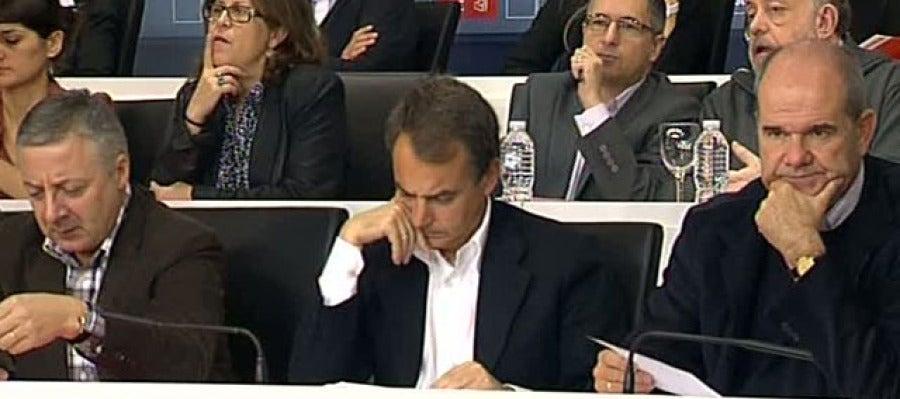 Zapatero, entre José Blanco y Manuel Chaves