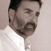 Carlos Roca, periodista y escitor