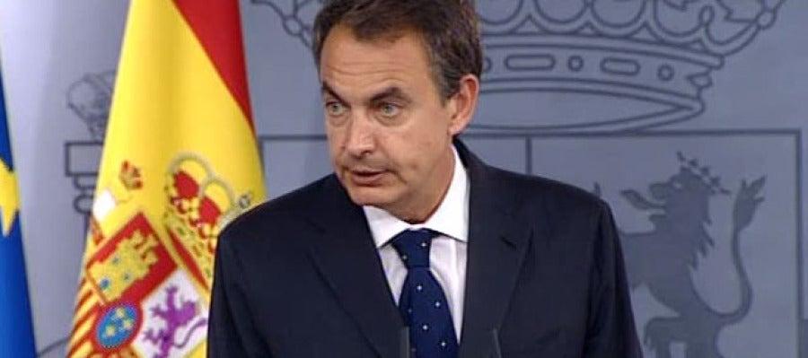 Zapatero anuncia los cambios en el Gobierno