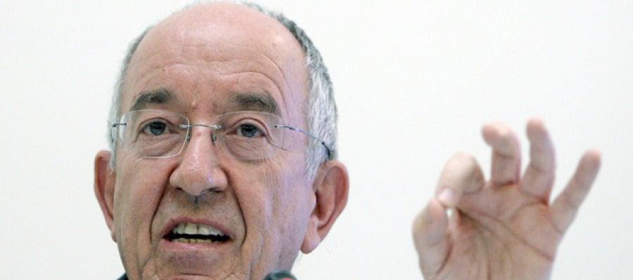 El gobernador del Banco de España en rueda de prensa