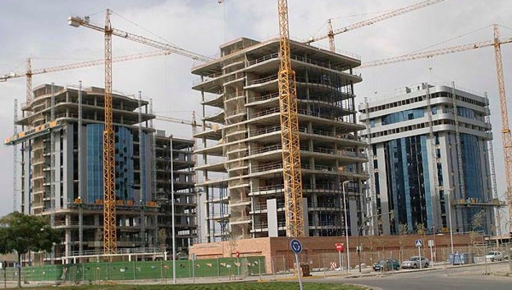 La compraventa de viviendas cae casi un 25 por ciento en Baleares