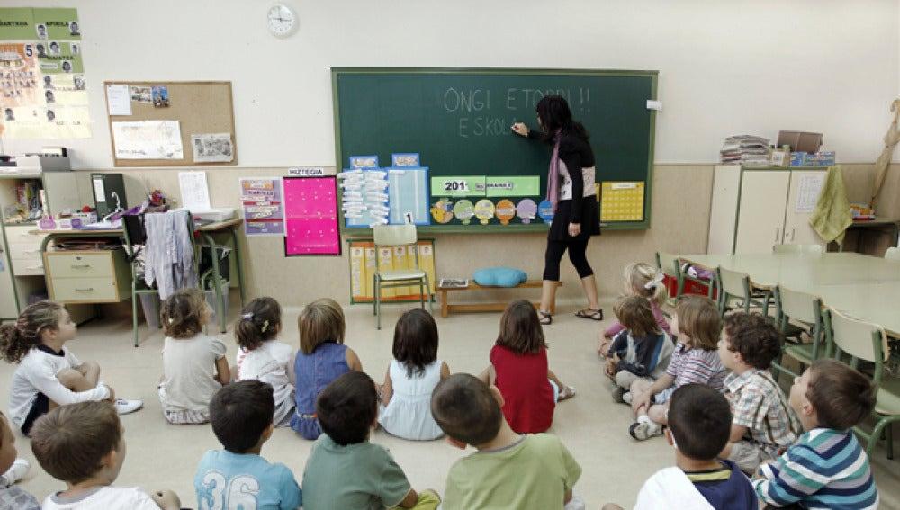 Los padres votarán sobre la jornada escolar en Septiembre