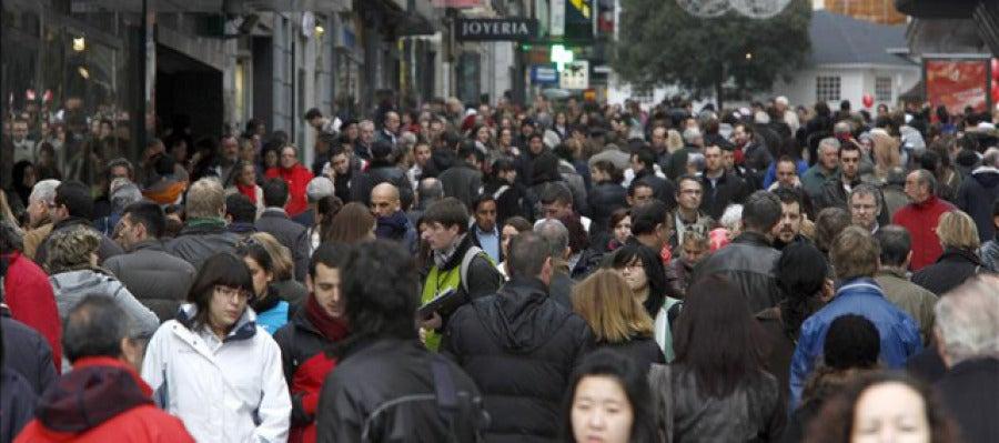 El centro de Madrid  con una gran afluencia de gente.
