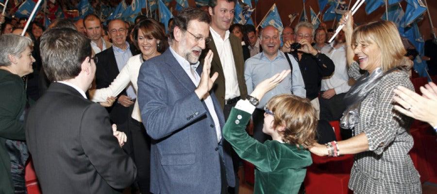 Mariano Rajoy, junto a Barcina en Navarra
