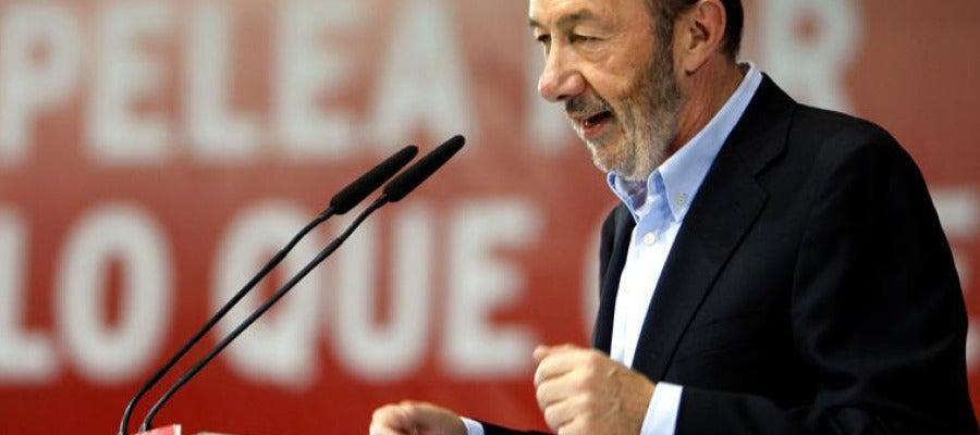Rubalcaba, durante su intervención en un mitin en Zaragoza