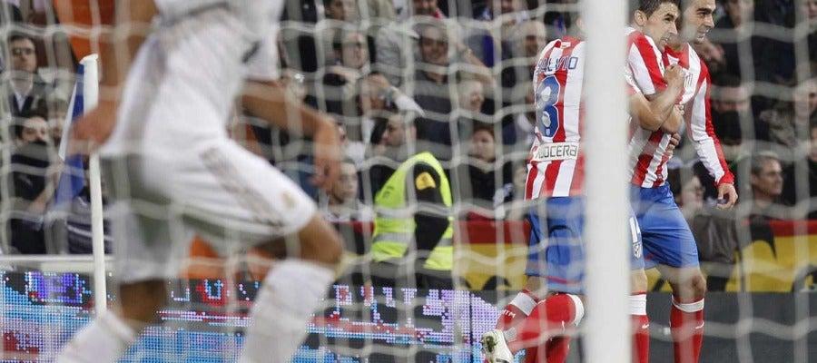 Adrián celebra su gol ante el Real Madrid