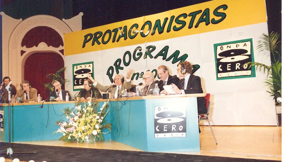 El programa Protagonistas sale del estudio para celebrar su emisión número 100 en Onda Cero