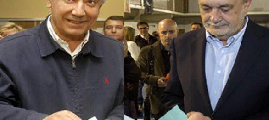 Arenas y Griñán votan en Andalucía