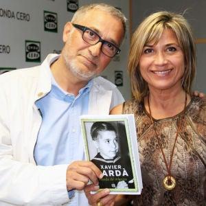 Javier Sardá con Julia Otero