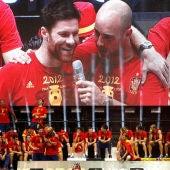 Reina y Xabi Alonso durante la celebración