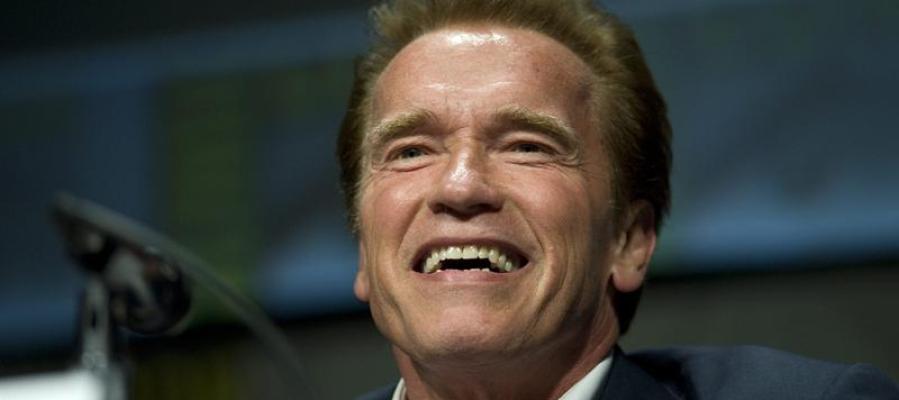 Arnold Schwarzenegger en la Comic-Con presentando nueva película