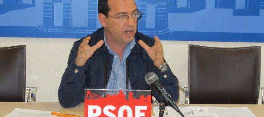 Miguel A. Segovia, PSOE