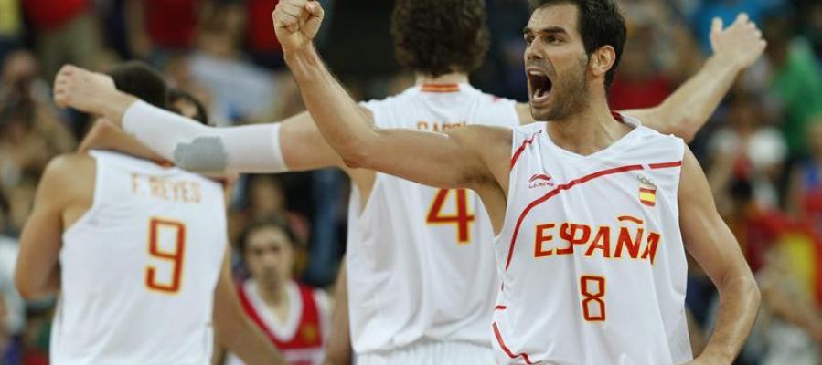 Calderón, Pau Gasol y Felipe Reyes celebran su victoria ante Rusia