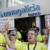 5.000 personas protestan contra las participaciones preferentes