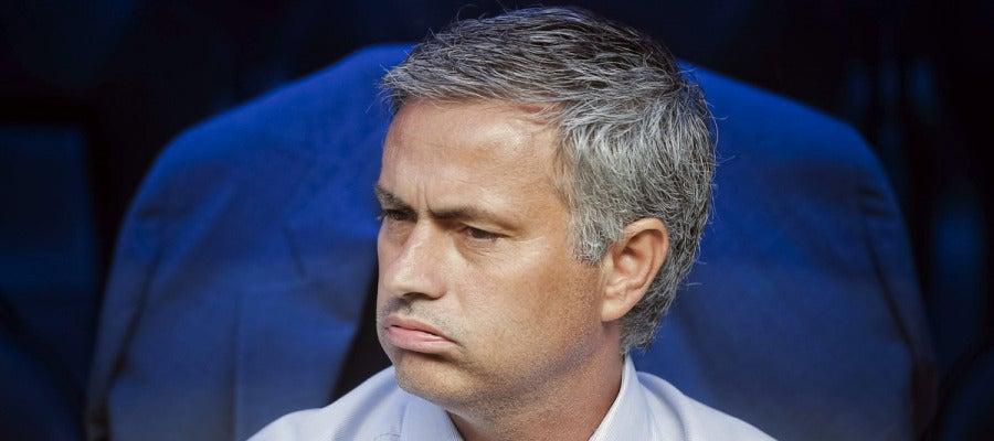 Mourinho, en el banquillo del Santiago Bernabéu