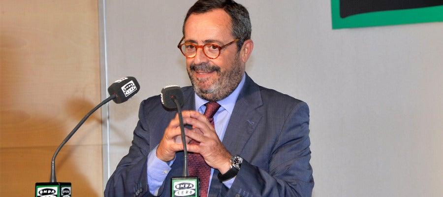 Javier González Ferrari durante su intervención en la presentación de Onda Cero 2012/2013