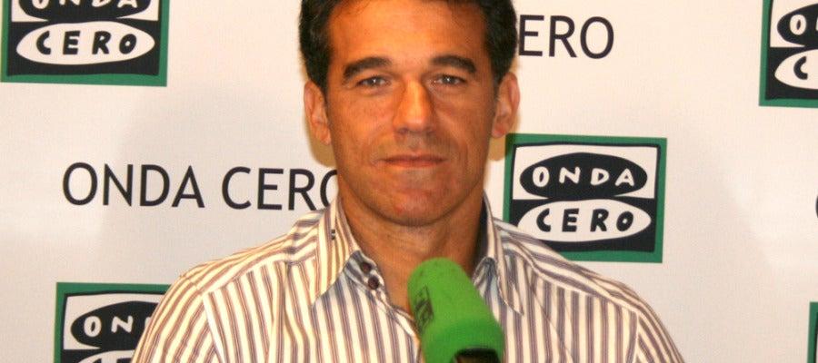 Luis García, entrenador del Beniyás