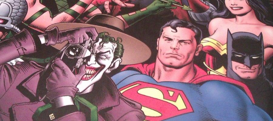 Portada del 'Universo DC de Alan Moore'