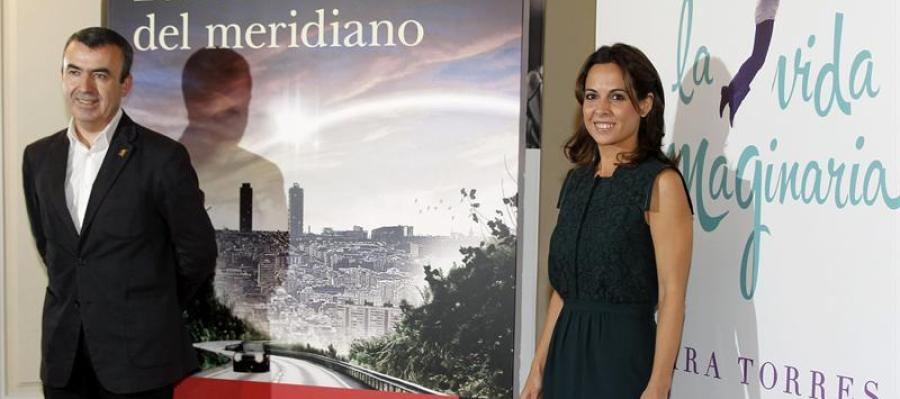 Lorenzo Silva y Mara Torres presentan los Premios Planeta 2012