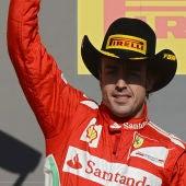 Alonso en el podio de Austin