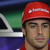 Alonso, pensativo en Interlagos
