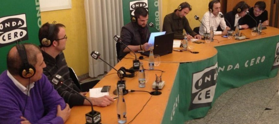 El equipo de Al Primer Toque en Castellón