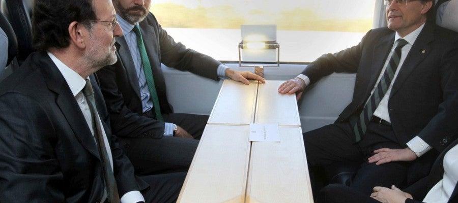 Rajoy, Mas y el Príncipe Felipe en la inauguración del AVE a Girona