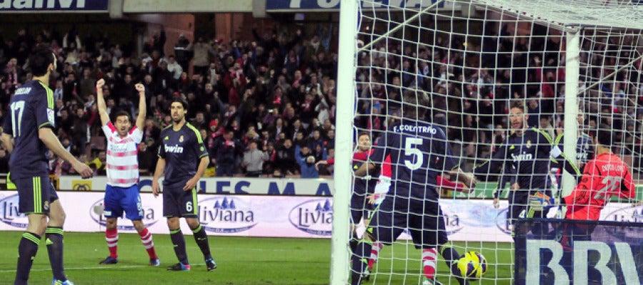 El Granada marca un gol al Real Madrid