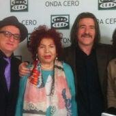 Isabel Gemio con Sara Montiel, Luis Cobos y Javier Gurruchaga