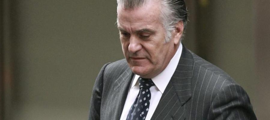 Luis Bárcenas, a la salida del juzgado