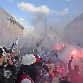 Los ultras en  la celebración del título liguero del París Saint-Germain