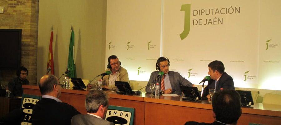Momento de la entrevista con el Presidente de la Diputación