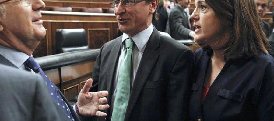 Alfonso Alonso y Soraya Rodríguez conversan con Duran i Lleida