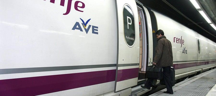 Imagen de un vagón de AVE
